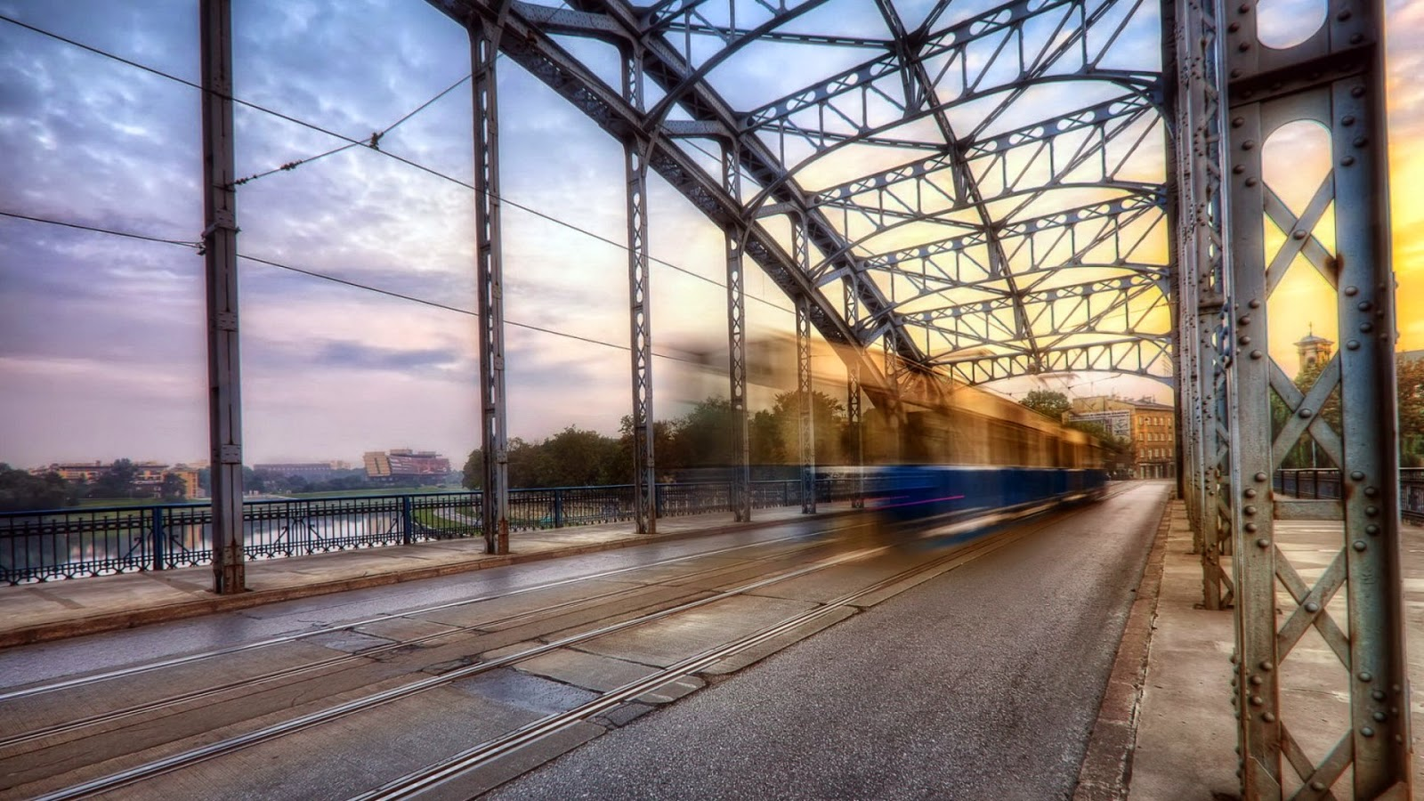 tram-over-bridge-in-long-exposure-hd-wallpaper-494170