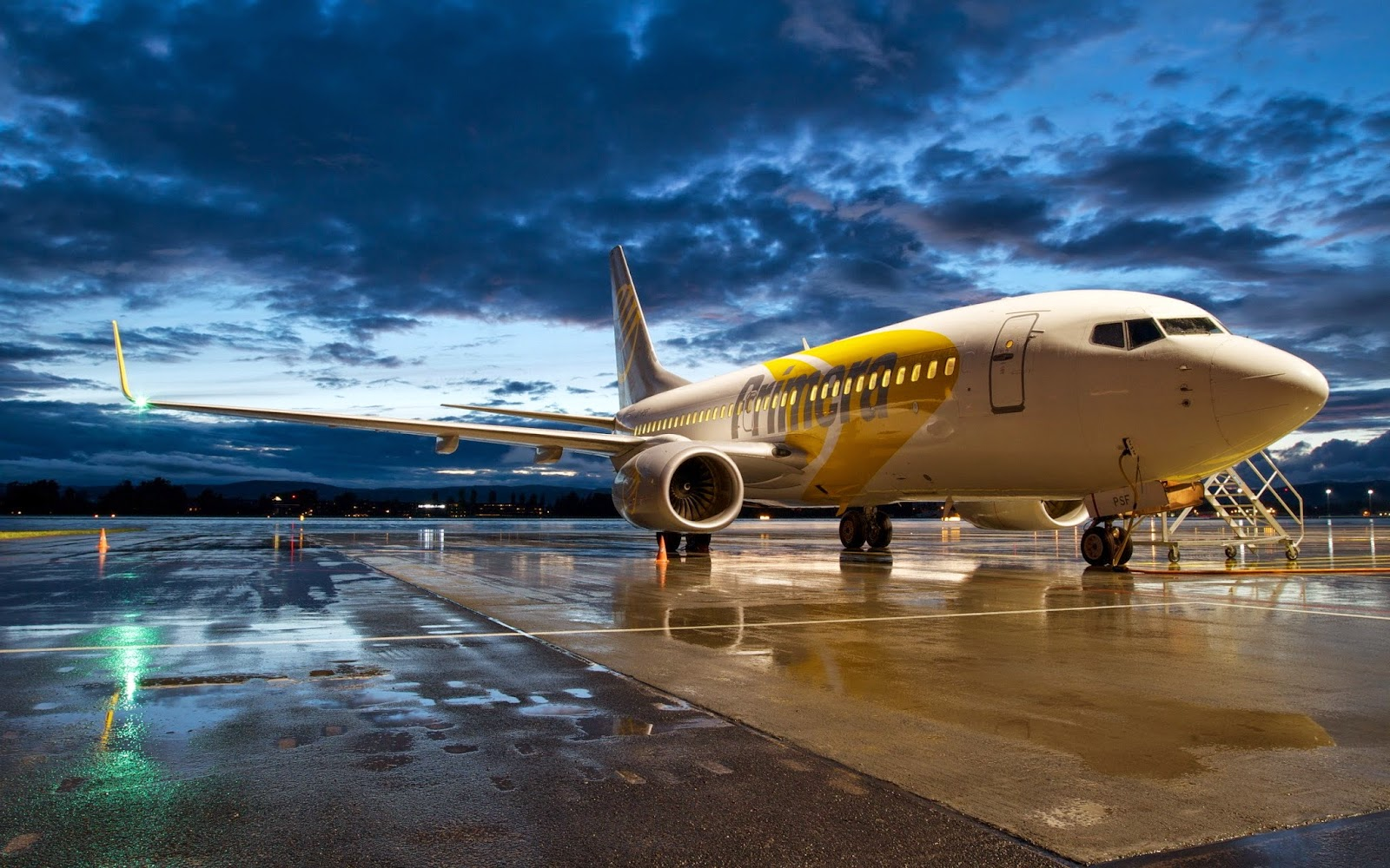 boeing-737-aircraft-wallpaper-2560x1600