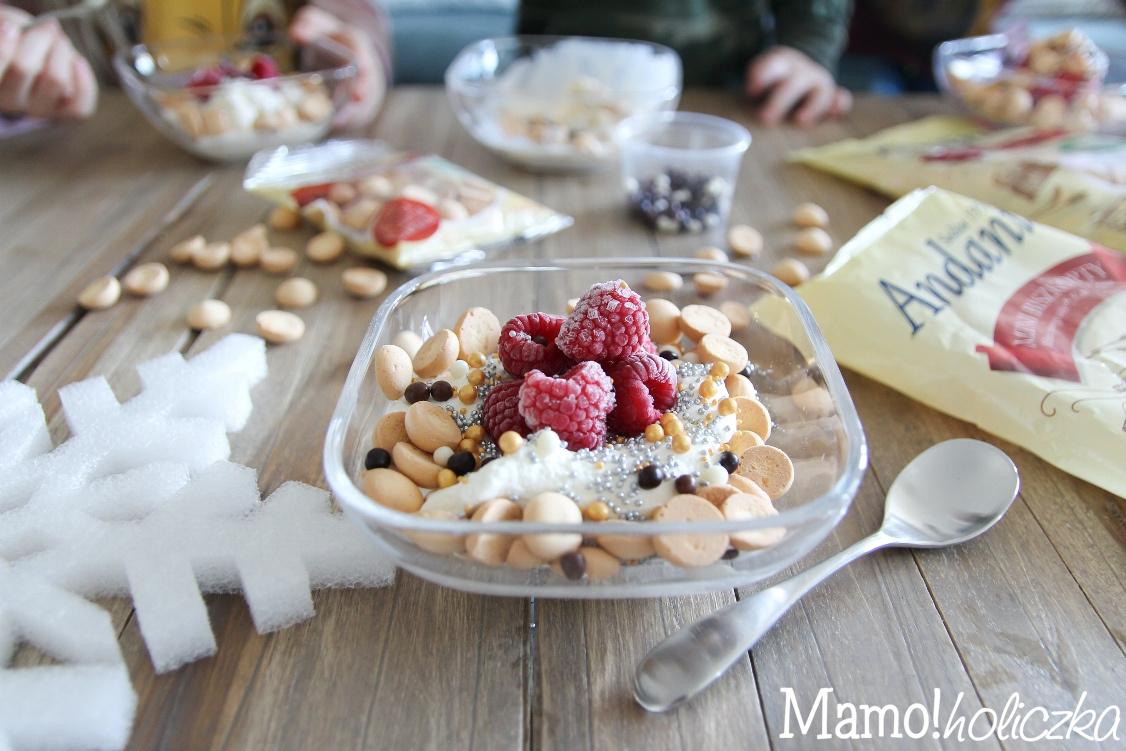 idealny deser, jak zrobić lody, mrożone maliny, andante, biszkopty