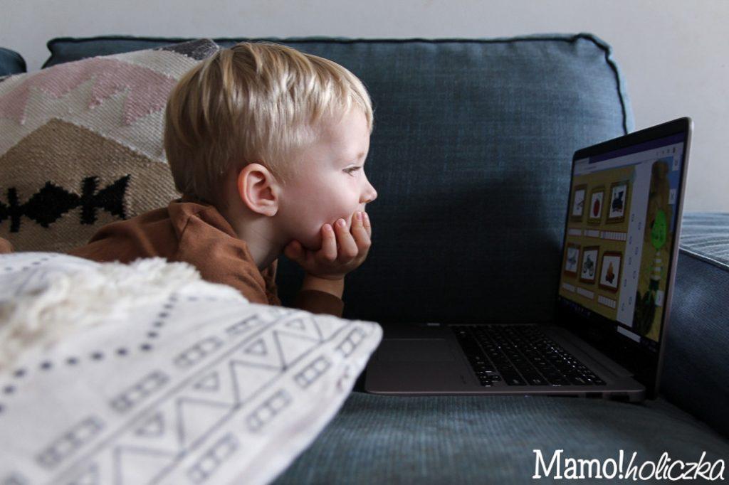 dziecko i komputer, synek mamusi, instadziecko